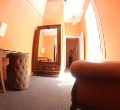 Hotel des Arts 2