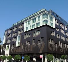 Graffit Gallery Design Hotel 2