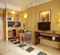 Grupotel Playa de Palma Suites & Spa 1