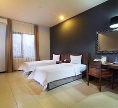 Praja Hotel 2