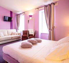 Hotel Du Port 1