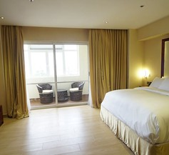 Pearlwort Hotel and Suites 1