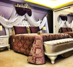 Royal Life Exclusive 2