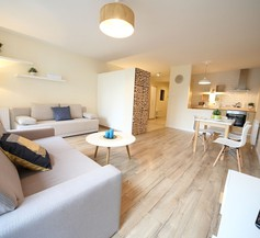 FriendHouse Apartments - Old Town 2