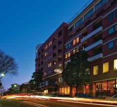 Adina Apartment Hotel Sydney Surry Hills 2