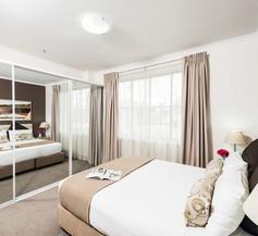 Oaks Sydney Goldsbrough Suites 1