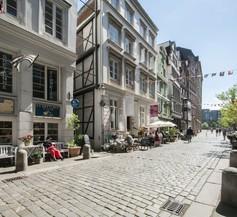 Appartements in der historischen Deichstrasse contactless Check in 2