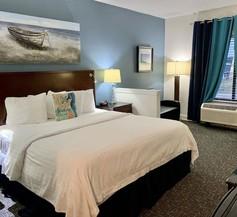 Luxury Suites Pensacola 2