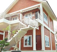 Thong's Inn - KNO Kualanamu Transit Hotel 2