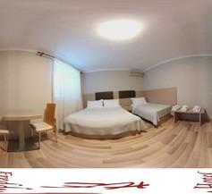 Freddy's Hotel 1