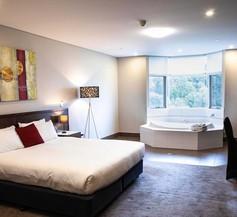 Sfera's Park Suites & Convention Centre 2