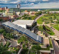Courtyard By Marriott Edmonton Downtown 1