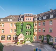 Hotel Oranien Wiesbaden 1