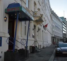 Steen's Hotel 1
