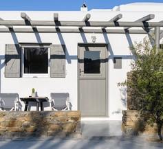 Olive Mykonos Villas 2