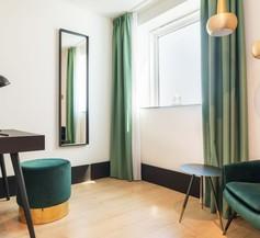 The James Hotel Rotterdam 1