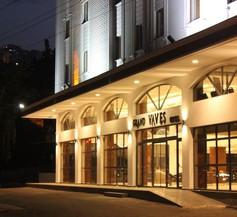 Grand Vaves Otel 1