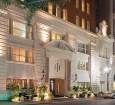 International House Hotel 2