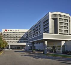 Toronto Airport Marriott Hotel 1