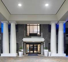 Holiday Inn Express Pensacola West - Navy Base 2