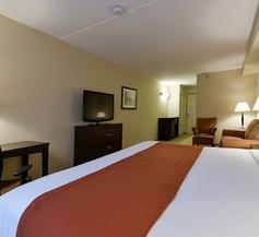 Country Inn & Suites by Radisson, Niagara Falls, ON 2