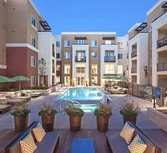 Urban Flat Apartments @ San Mateo 2