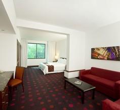 Radisson Hotel San Isidro 2