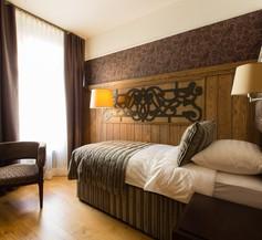 Metropole Hotel by Semarah 2