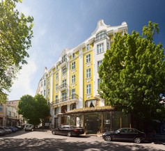 Grand Hotel London 1
