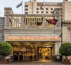 Hotel Grand Chancellor Adelaide 1