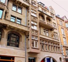 Hotel Merit 1
