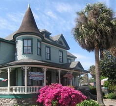 Pensacola Victorian Bed and Breakfast 1