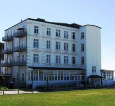 Strandhotel Hohenzollern 1