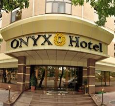Onyx Hotel 1