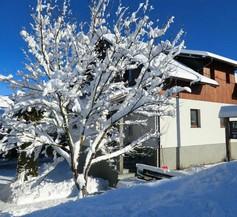 Ethno House Izvor 1