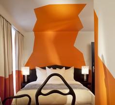 Cristal Champs-Elysées Hotel 1