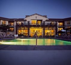 Walnut Beach Resort 1