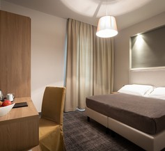 HNN Luxury Suites 1