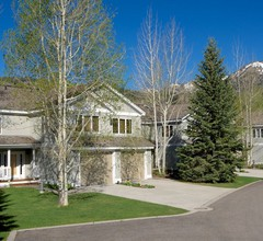 Teton Pines Townhome Collection by JHRL 1
