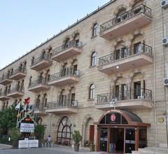 Tassaray Hotel 1