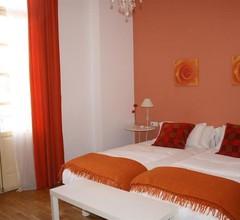 Villa in Sevilla mit Terrasse- Klimaanlage- Waschmaschine 1
