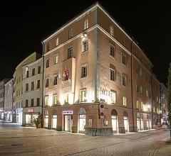 Centro Hotel Weisser Hase 1