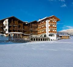 Hotel Alpenfrieden 1