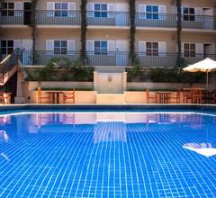 Ela Beach Hotel & Apartments 2