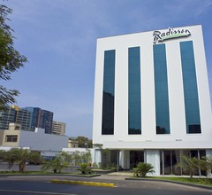Radisson Hotel San Isidro 1