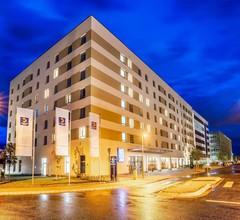 Comfort Hotel Frankfurt Airport West 1
