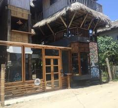 La Facha Hostel Restaurant Surf 2