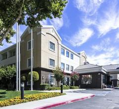 Country Inn & Suites by Radisson, San Jose International Airport, CA 2