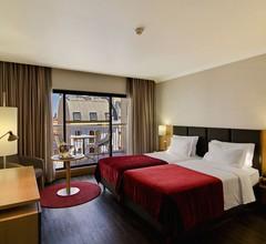 SANA Reno Hotel 2
