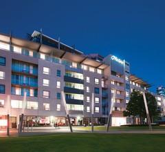 Adina Apartment Hotel Perth 2